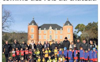 Les petits rugbymen reçus comme des rois au château – Var Matin